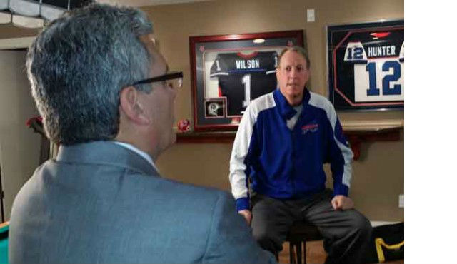 Bills Hall of Fame Quarterback Jim Kelly Reflects On His Cancer Battle