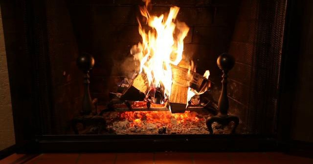 The Yule Log To Air On Wbbz Tv 8pm Christmas Eve Through 1pm