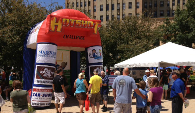 "Play the WBBZ-TV ""Fred Jackson Hotshot Football Challenge"" at the Taste of Buffalo this weekend in Niagara Square!"