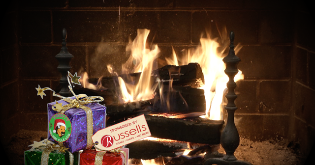 Admirable Russell J Salvatore Presents Holiday Yule Log Christmas Eve Home Remodeling Inspirations Cosmcuboardxyz