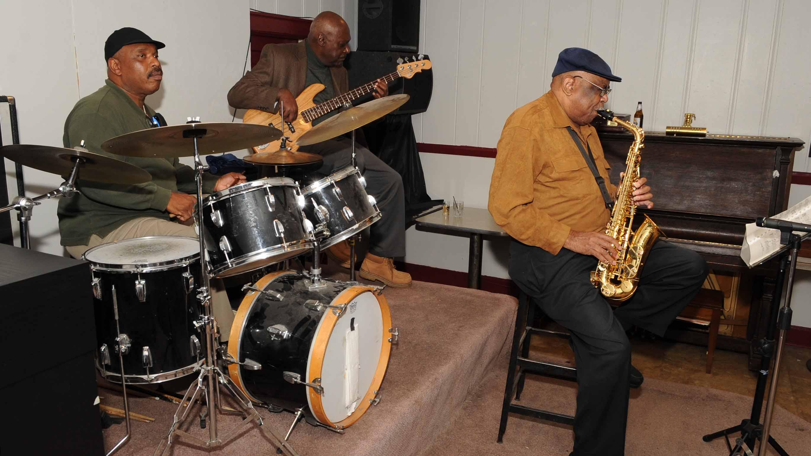 WBBZ-TV Celebrates the Colored Musicians Club 100th Anniversary